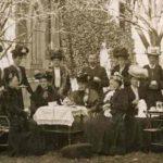 8 Martie, Ziua Internaţională a Femeii: Semnificație și scurt istoric. Cum este sărbătorit 8 Martie în lume?   teiusinfo.ro