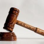 Acuzat că a înlocuit o amendă cu un avertisment, un poliţist din Teiuş a fost condamnat definitiv pentru distrugere de înscrisuri şi abuz în serviciu