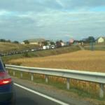 """""""Capcanele"""" constructorilor ce repară şoseaua pe DN1, între Teiuş şi Alba Iulia, îi scot din sărite pe şoferi"""