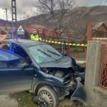 O femeie de 73 de ani a decedat la Galda de Sus după ce autoturismul în care călătorea s-a izbit de stâlpul unui gard