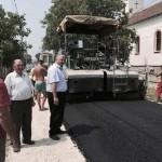 Covor asfaltic în satul Beldiu, din oraşul Teiuş