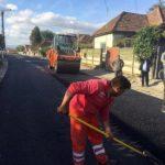 Pe două străzi din Teiuş, Ardealului și Ștefan cel Mare, gospodăriile sunt racordate pentru prima dată la rețeaua de canalizare