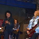 """La concertul susținut aseară în cadrul Zilelor Oraşului Teiuș trupa Compact a prezentat în primă audiție piesa """"Zâmbetul din ochii tăi"""""""