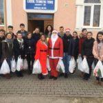 """Mobilizare exemplară a elevilor de la Liceul Teoretic Teiuș, în cadrul ediției 2017 a campaniei sociale """"Cozonacul de Crăciun"""""""