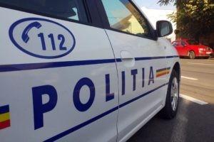 Tânăr de 19 ani din Sântimbru cercetat de polițiști după ce a fost surprins conducând un autoturism fără permis la Totoi