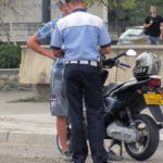 Tânăr de 26 de ani din Sântimbru cercetat de polițiști, după ce a fost surprins în timp ce conducea băut și fără permis un moped neînmatriculat pe raza orașului Teiuș