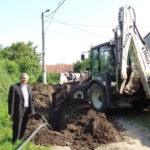 După 25 de ani de promisiuni locuitorii din Peţelca – satul cu o singură fântână şi Căpud au apă în gospodării