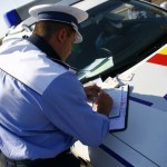Șofer de 44 de ani din Teiuș surprins de polițiștii rutieri din Alba Iulia la volanul unui autoturism neînmatriculat