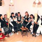 Şezătoarea tradiţională şi obiceiurile contemporane se împletesc armonios la Cetea